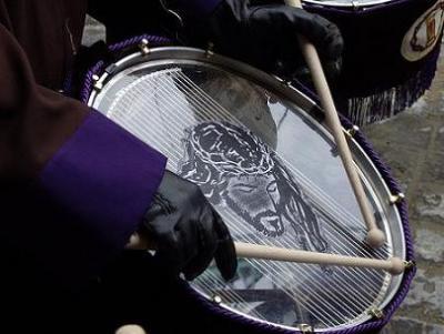 En Zaragoza según pasan Reyes, empiezan los tambores