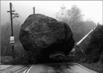 Menos da una piedra... sobre todo si te la tiran a la cabeza