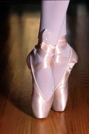 Confieso que ahora que he ido a ver mi primer ballet no me siento más culta ni refinada... eso pasa a partir del segundo (como todo lo bueno)?